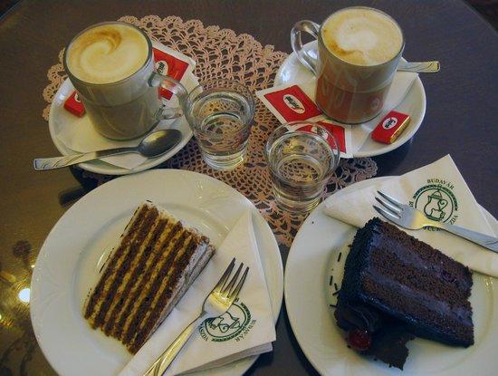 Ruszwurm: кофе и тортики