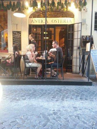Restaurant brunetti : Outside.. June. .
