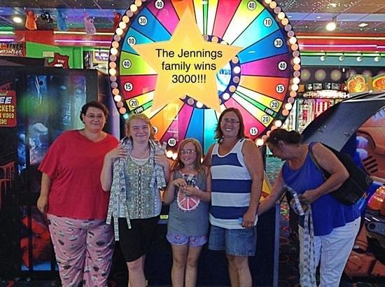 Rockin' Raceway Arcade: The Jennings hit the jackpot