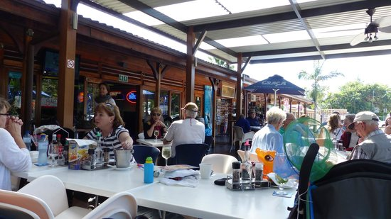 John Dory's : Outdoor Seating Area
