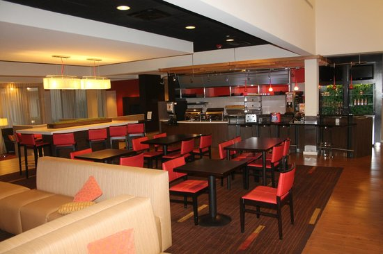 Country Inn & Suites By Carlson, Dallas-Love Field (Medical Center) : Lobby Breakfast Area