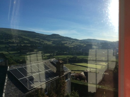 Ty Croeso Bed & Breakfast : view across the Usk Valley