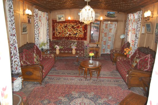 Young Shahzada Group Of Houseboats