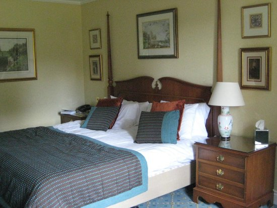 The Oakley Court: Spacious and comfortable