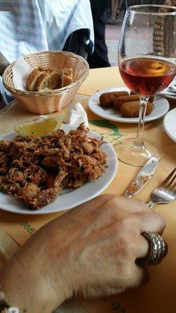 El pescadito : Crocchette di pollo e calabresi fritti
