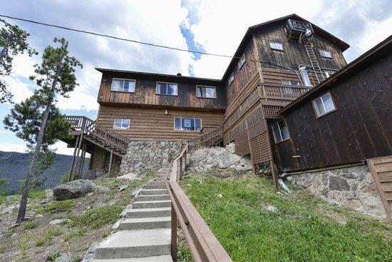 Shadowcliff Lodge: Rempel Lodge Entrance