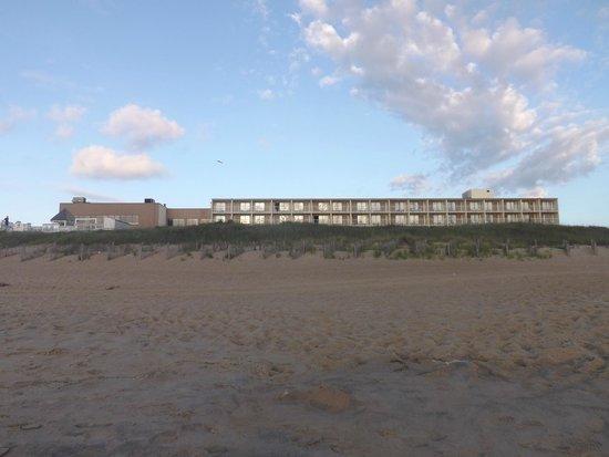 Ramada Plaza Nags Head Oceanfront: Standing in water, looking toward hotel