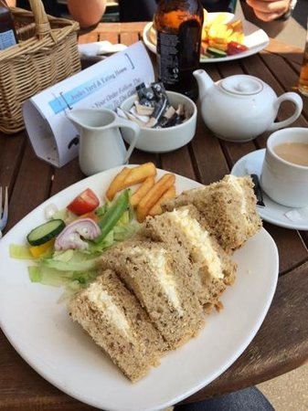 Joules Yard & Eating House: Fresh & Tasty lunch