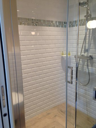 Le 123 Sébastopol - Astotel  : shower