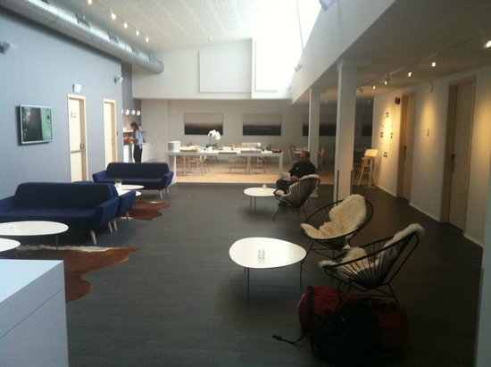 Reykjavik Lights by Keahotels: lobby and breakfast area