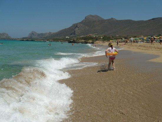 Falassarna Beach: побег от волны