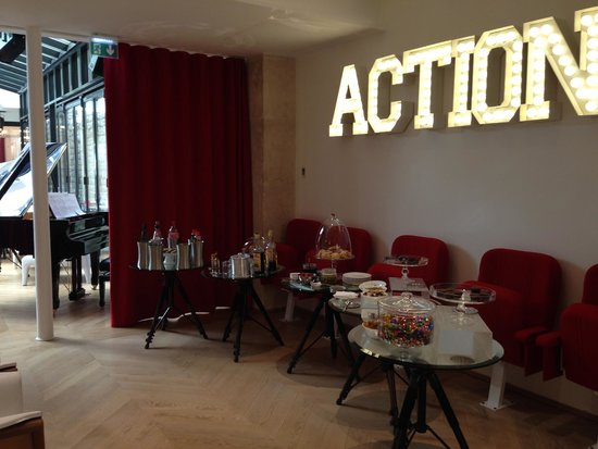 Le 123 Sebastopol - Astotel: afternoon drinks and snacks