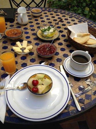 Baraka Boutique Pension: breakfast Day 2