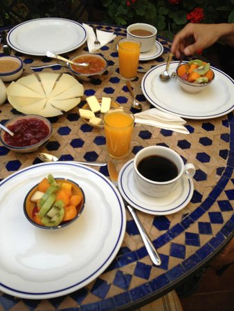 Baraka Boutique Pension: breakfast Day 1