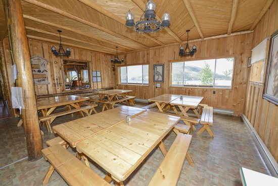 Shadowcliff Lodge: Dining area