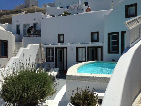 Entrance to the Above Blue Suites villa