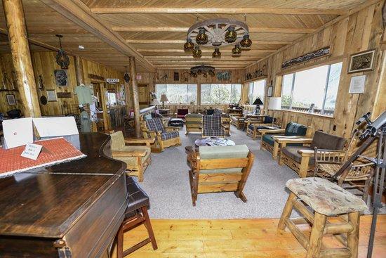 Shadowcliff Lodge: Rempel Lodge