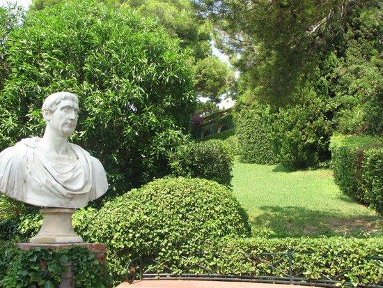 Jardin Santa Clotilde : Пейзаж Садов Святой Клотильды