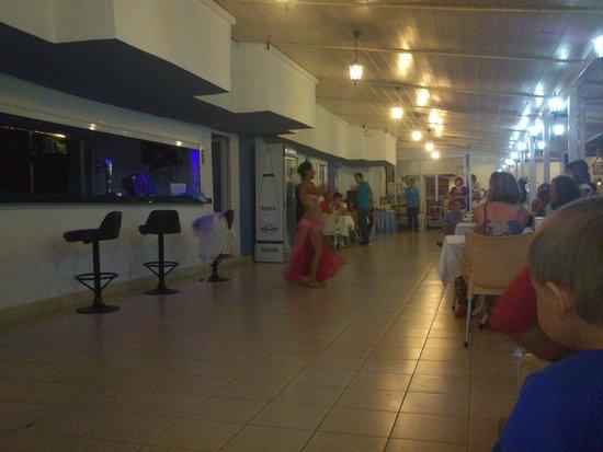Aral Hotel: wieczór tureckopodobny