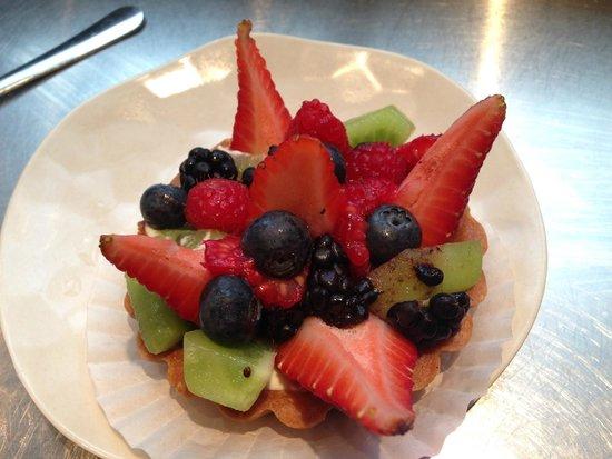 Flour Bakery & Cafe: Fruit tart
