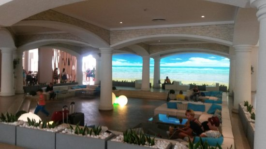 DIT Evrika Beach Club Hotel : Inside by Reception