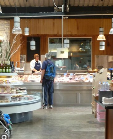 Howth Head: Beshoff's Fish Shop