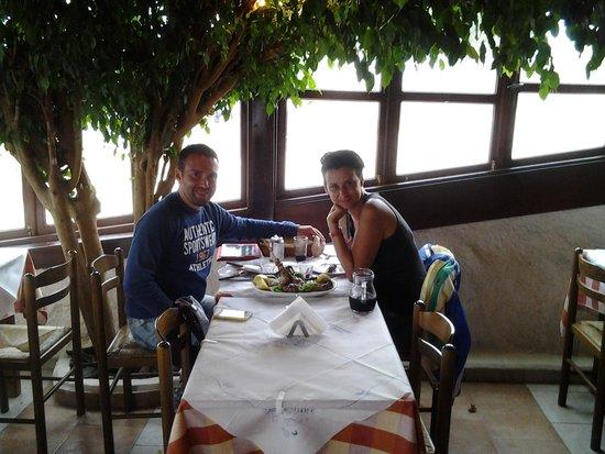 Simos Taverna: приятный ужин