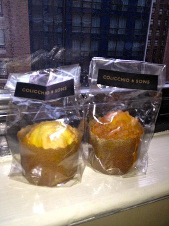 Colicchio & Sons Tap Room: Complimentary muffins to take home!