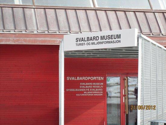 Svalbard Museum: Entrance