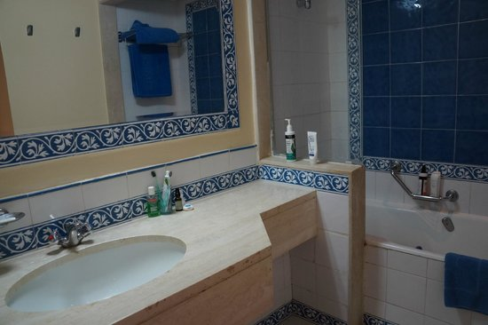 Regency Hotel and Spa : Ванная