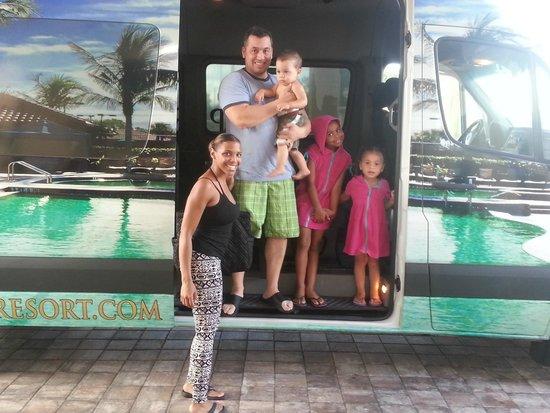 Naples Bay Resort: getting in the shuttle. Sept 2013