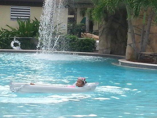 Naples Bay Resort: Relaxed! Sept 2013