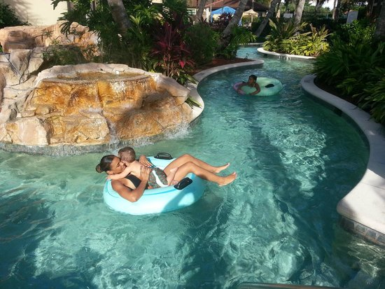 Naples Bay Resort: Lazy river Sept 2013