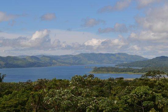 Lake Arenal: lac depuis le volcan