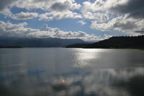 Lake Arenal: lac