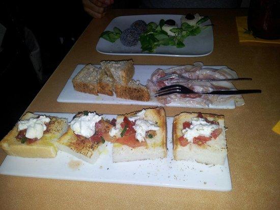 Deep Milano Cafe & Food: Piatti a volontà