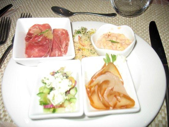 Long Beach Golf & Spa Resort : Dining