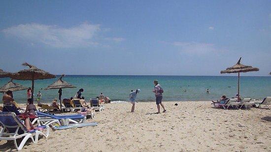 Hotel Diar Lemdina : пляж
