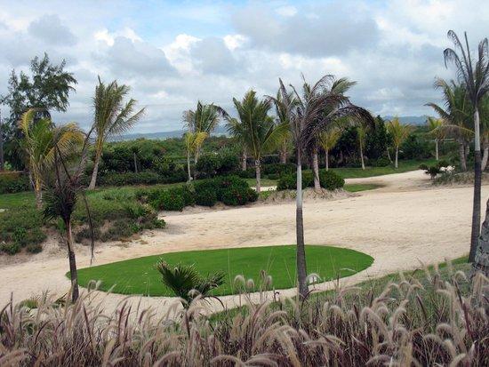 Long Beach Golf & Spa Resort : Hotel & grounds
