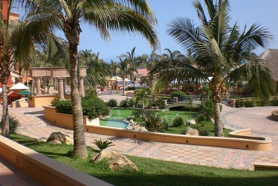 Playa Grande Resort: Property