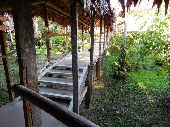 Amazon Explorama Lodges: Walkway