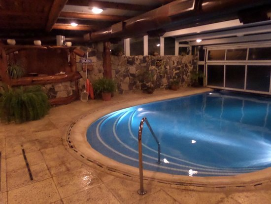 Nido del Condor Hotel & Spa: pileta climatizada en el spa