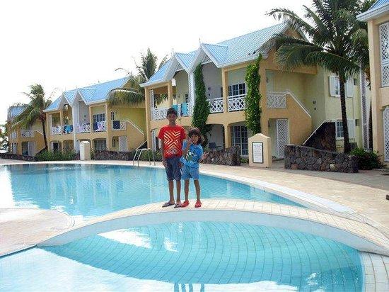 Calodyne Hotel: Pool area