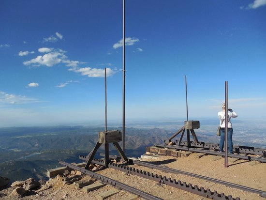 Pikes Peak Cog Railway: The end of the rain line