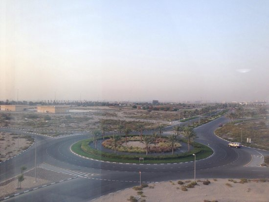 Premier Inn Dubai Silicon Oasis Hotel: View from 414. Very peaceful location!