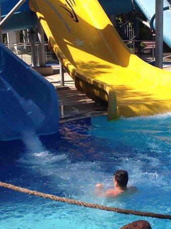 Catamaran Resort Hotel: Kaydiraklardan kaymak mükemmeldi gerçekten