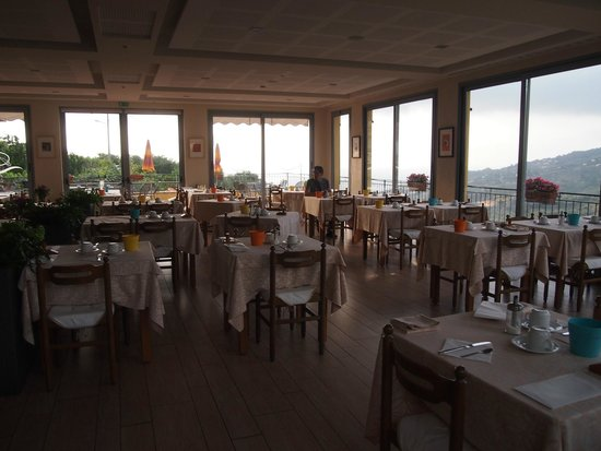Hotel Liliana : salle à manger