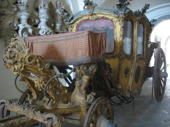 Certosa e Museo di San Martino : Sezione delle Carrozze