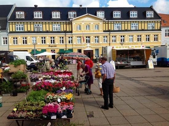 Hotel Dania - lørdag i pinsen 2014