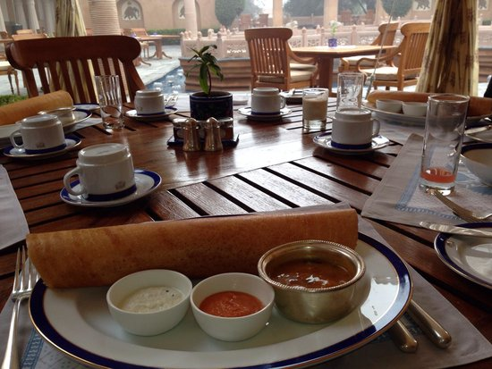The Oberoi Rajvilas: Breakfast dosa��